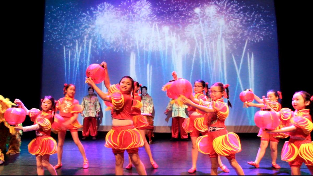 中文学校参加2018年挪威华人春晚表演